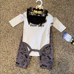 Boys 0-3 Months 3piece Batman outfit.